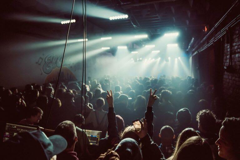 El Club Detroit - Concert Crowd